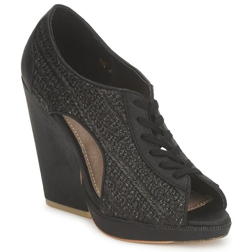 Shoes Women Low boots Feud WHIP Black