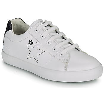 Shoes Girl Low top trainers Ikks MOLLY White / Black