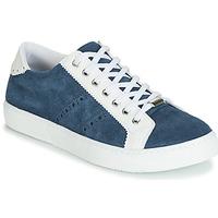 Shoes Women Low top trainers André BERKELEY Jean