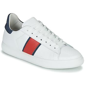 Shoes Women Low top trainers Yurban LIEO White