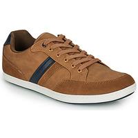 Shoes Men Low top trainers André ATHENES Camel