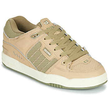 Shoes Men Low top trainers Globe FUSION Beige