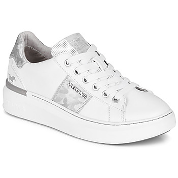 Shoes Women Low top trainers Mustang 1351304-121 White / Silver