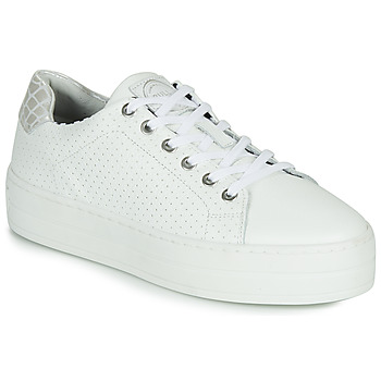 Shoes Women Low top trainers Bullboxer  White