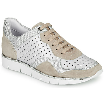 Shoes Women Low top trainers Regard JARD V4 CROSTA P STONE White / Beige
