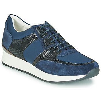 Shoes Women Low top trainers Karston SINIX Marine