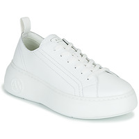Shoes Women Low top trainers Armani Exchange XCC64-XDX043 White