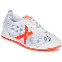 Shoes Women Low top trainers Munich OSAKA 456 White / Orange