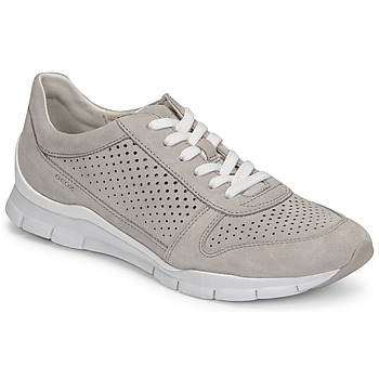 Shoes Women Low top trainers Geox D SUKIE B Grey