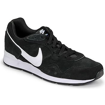 Shoes Men Low top trainers Nike VENTURE RUNNER SUEDE Black / White
