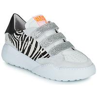Shoes Women Low top trainers Semerdjian OTTO Beige / Black / Silver