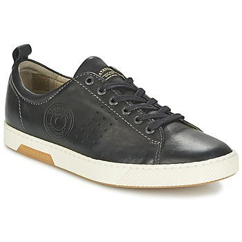 Shoes Men Low top trainers Pataugas MATTEI Black