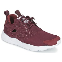 Shoes Men Low top trainers Reebok Classic FURYLITE SP Red