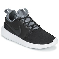 Shoes Women Low top trainers Nike ROSHE TWO SE W Black / Grey