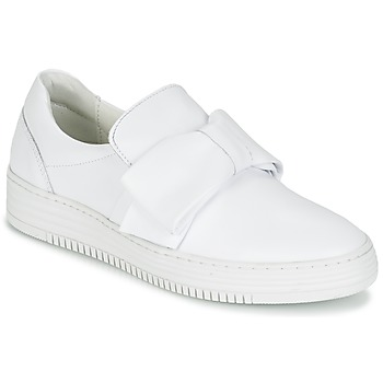 Shoes Women Slip ons Bullboxer QUIDAVET White