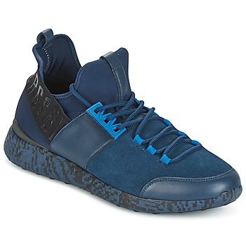 Shoes Men Low top trainers Bikkembergs STRIKER 962 Blue / Black