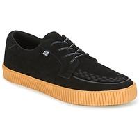 Shoes Men Low top trainers TUK EZC Black