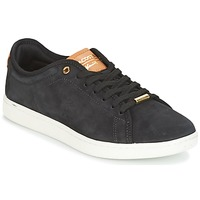 Shoes Women Low top trainers Lacoste CARNABY EVO 8 Black / White