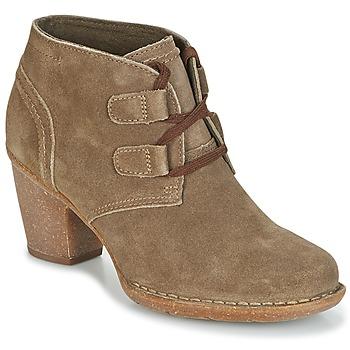 Shoes Women Ankle boots Clarks CARLETA LYON Khaki / Suede