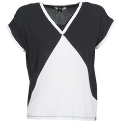 material Women short-sleeved t-shirts Nikita NEWSON Black / White