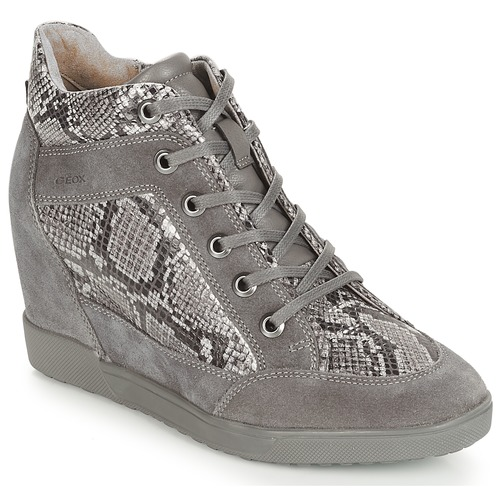Shoes Women Low top trainers Geox D CARUM Grey