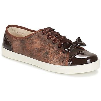 Shoes Women Low top trainers André BOUTIQUE Brown