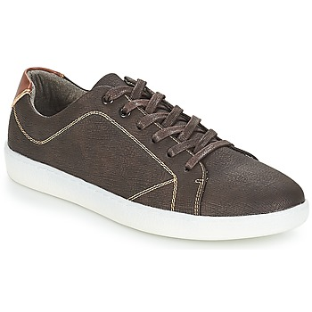 Shoes Men Low top trainers André TANGON Brown