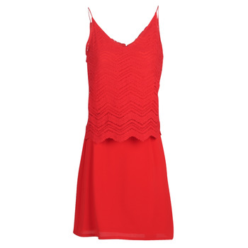 material Women Short Dresses Betty London KULIA Red